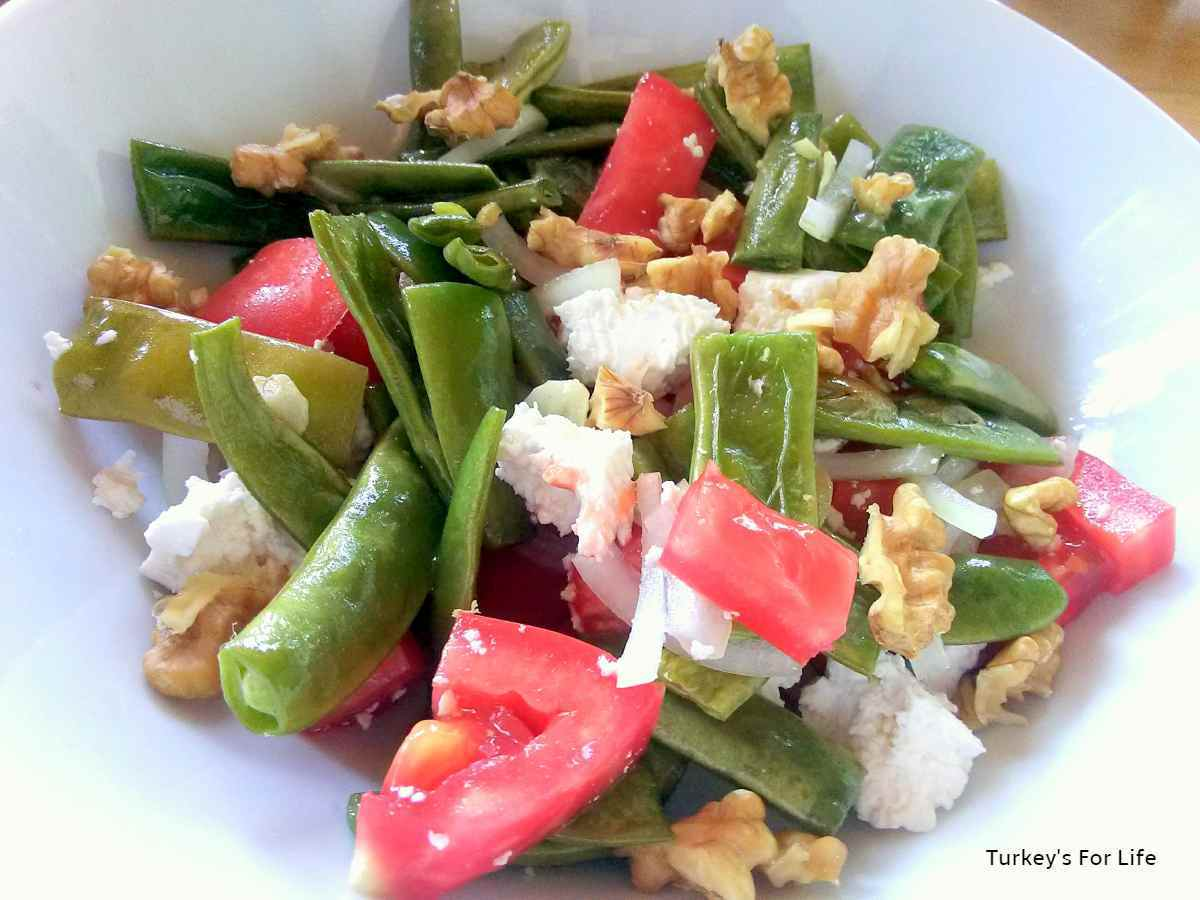 Grilled Green Bean And Feta Salad