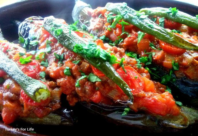 Karnıyarık Turkish Stuffed Aubergine