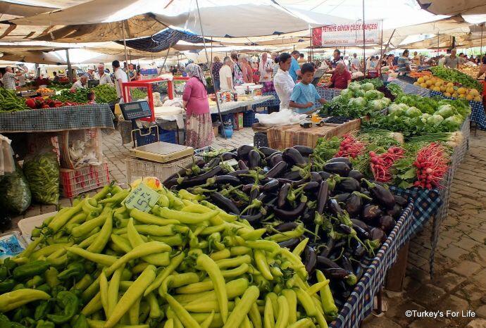 Çalış Sunday Market