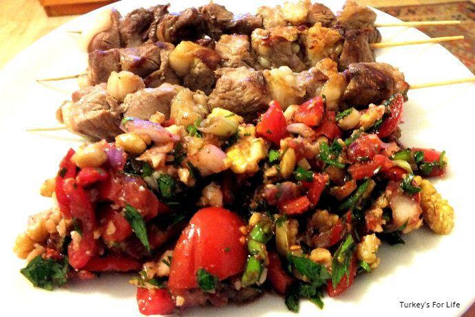 Gavurdağı Salad With Lamb Şiş
