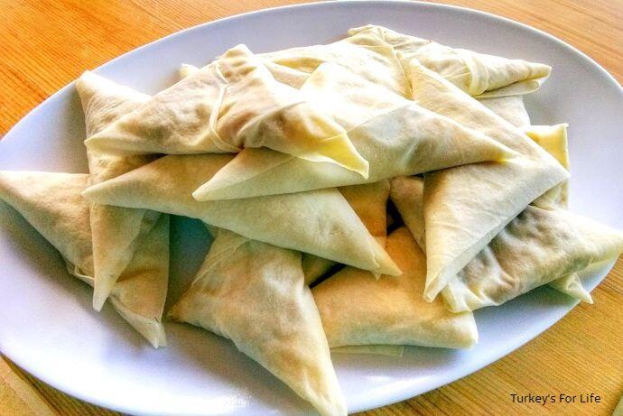 Turkish Muska Böreği, Filo Triangles