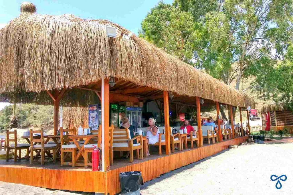 Karataş Beach Bar And Dining Area